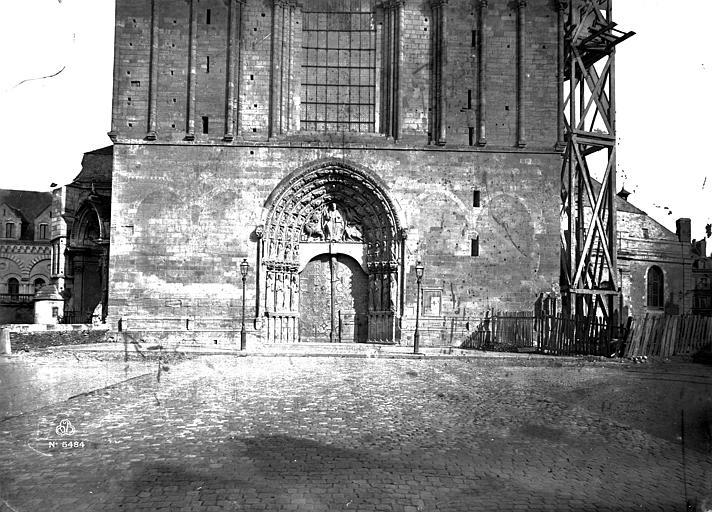 Cathédrale Saint-Maurice Porche, Carlier (photographe),