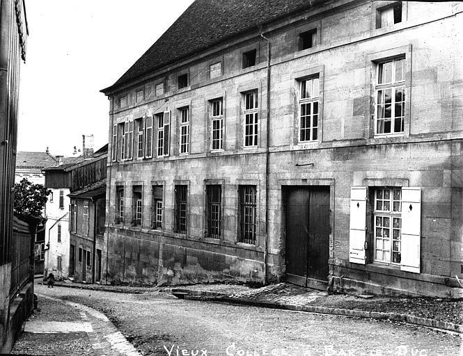 Collège Gilles de Trèves  (ancien Façade sur la rue, Louzier (photographe),
