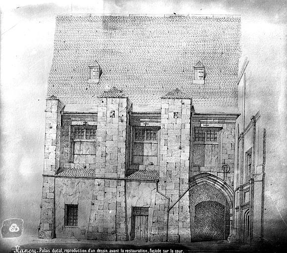 Palais Ducal (ancien) Dessin : Façade sur cour, Mieusement, Médéric (photographe),