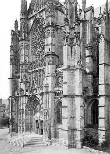 Cathédrale Saint-Pierre Transept sud, Mieusement, Médéric (photographe),