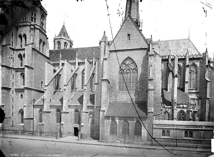 Cathédrale Saint-Bénigne Façade sud, Mieusement, Médéric (photographe),