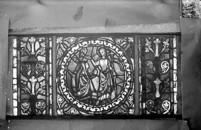 Eglise Saint-Gengoult Vitrail de l'abside, lancette de droite, panneau 28, Romanais (photographe),