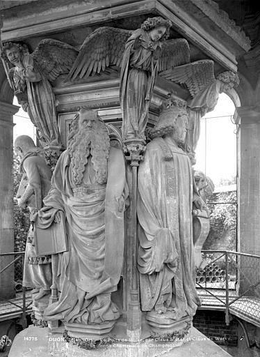 Chartreuse de Champmol (ancienne) Puits de Moïse : Moïse et David, Neurdein (frères) ; Neurdein, Louis ; Neurdein, Louis (photographe),
