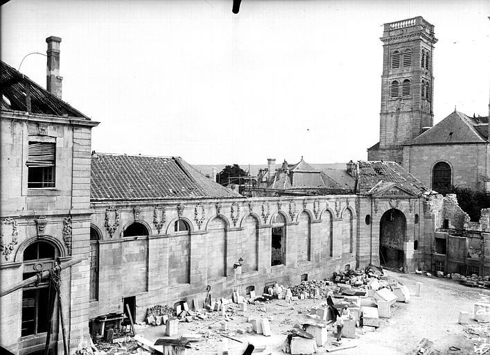 Evêché  (ancien) Façade et clocher, Service photographique,