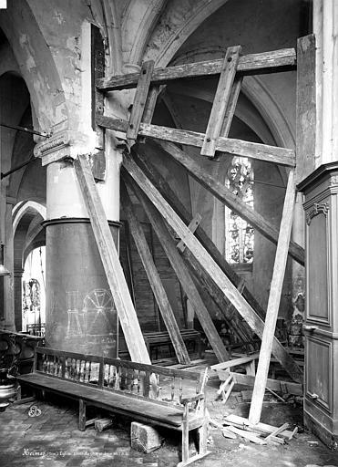 Eglise Pilier, choeur, pendant restauration, Durand, Eugène (photographe),