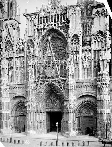 Cathédrale Notre-Dame Façade ouest : partie centrale, Mieusement, Médéric (photographe),