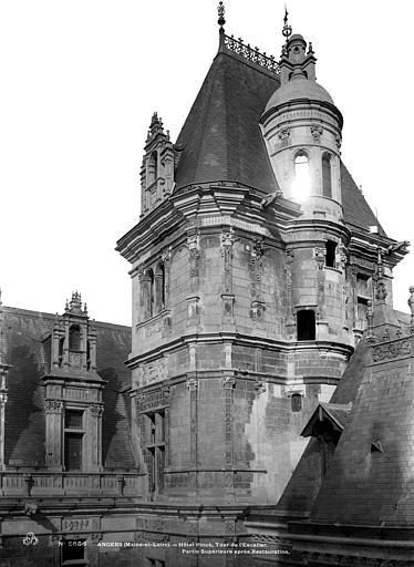 Hôtel Pincé Tour de l'escalier, côté sud-est, Berthault (photographe),