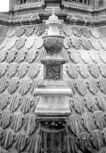 Cathédrale Saint-Gatien Couronnement d'un clocher : pinacle, ,