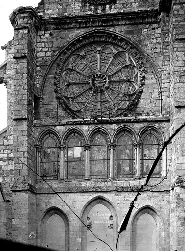 Eglise Saint-Etienne Rosace de l'abside, Durand, Eugène (photographe),