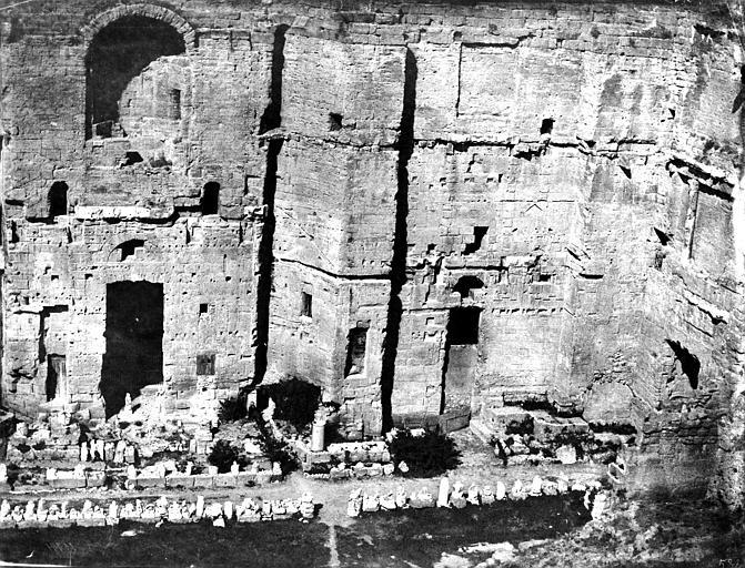 Amphithéâtre Grand mur de la façade, côté intérieur, Baldus, Edouard (photographe),