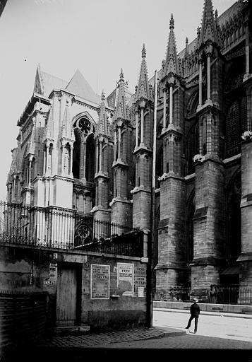 Cathédrale Notre-Dame Arcs-boutants au nord, Enlart, Camille (historien),