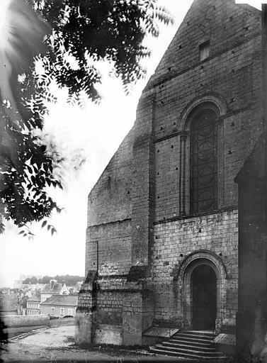Eglise Saint-Denis Façade ouest, Enlart, Camille (historien),