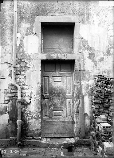 Maison Porte sur cour, Verneau, G.,