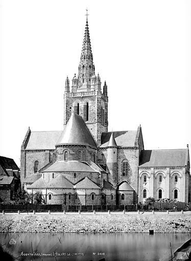 Eglise Notre-Dame d'Avesnière Ensemble est, Mieusement, Médéric (photographe),