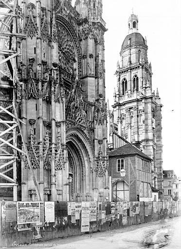 Cathédrale Notre-Dame Façade nord : portail du transept et clocher, Mieusement, Médéric (photographe),