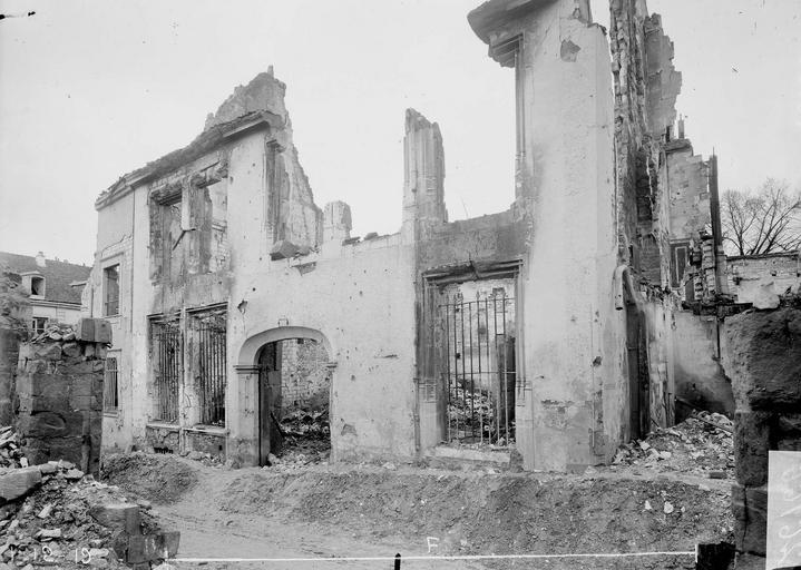 Maison Façade, Verneau, G.,