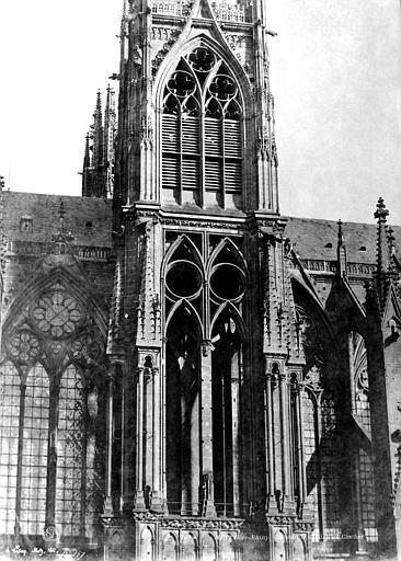 Cathédrale Saint-Etienne Façade nord : Fenêtres de la tour, Le Secq, Henri (photographe),