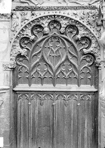 Cathédrale Saint-Etienne Portail central de la façade ouest : arc de gauche, vue d'ensemble, Doucet ; Baudet (photographe),
