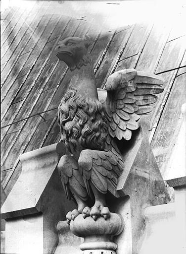 Cathédrale Notre-Dame Couronnement, galerie de l'abside, oiseau, Lajoie, Abel,
