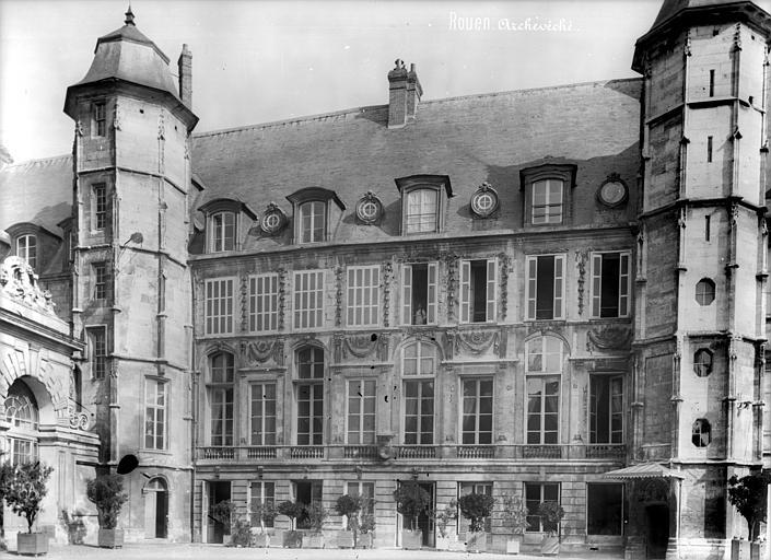 Cathédrale Notre-Dame Archevêché : façade sur cour, Mieusement, Médéric (photographe),