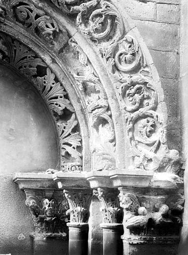 Eglise Saint-Philibert (ancienne) Porche, détail, Durand, Eugène (photographe),