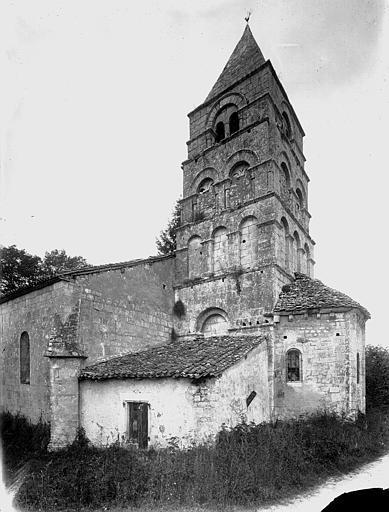 Eglise Clocher et abside, au sud, Heuzé, Henri (photographe),