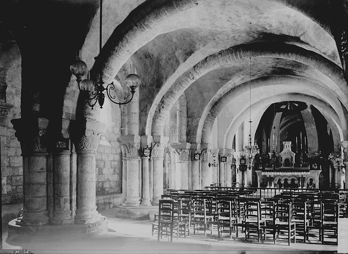 Eglise Saint-Eutrope Crypte, Enlart, Camille (historien),