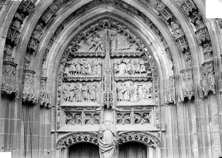 Cathédrale Saint-Etienne Premier portail de la façade ouest : tympan, Doucet ; Baudet (photographe),