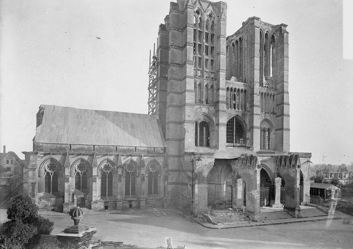 Eglise Notre-Dame (ancienne cathédrale) Ensemble ouest, Service photographique,