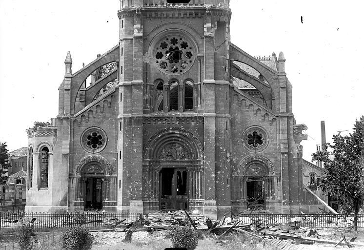 Eglise Saint-André Façade ouest : partie inférieure, Goubeau (photographe),
