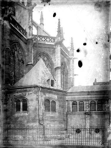 Eglise Saint-Laurent Partie de l'abside, Enlart, Camille (historien),