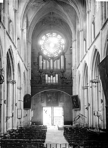 Eglise Nef, vue du choeur, Durand, Eugène (photographe),