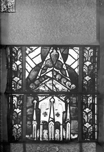 Eglise Saint-Gengoult Vitrail du transept nord, fenêtre B, 1ère lancette à gauche, panneaux au dessus 7 et 8, Romanais (photographe),