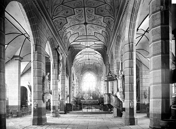 Eglise de Ploaré Vue intérieure de la nef, vers le choeur, Mieusement, Médéric (photographe),