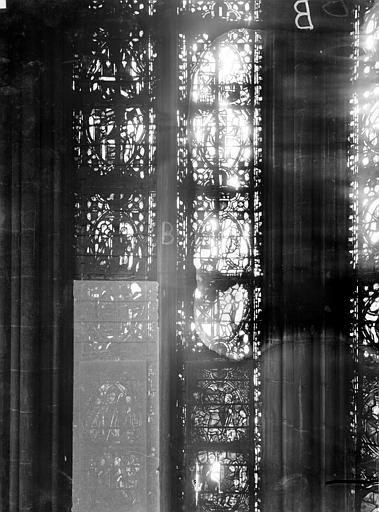 Cathédrale Notre-Dame Chapelles du choeur, vitrail B, Gaudin,