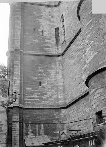Château Donjon : Façade nord, Vorin,