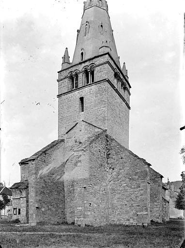 Eglise Notre-Dame de Mouthier-le-Vieillard Angle sud-ouest, Gossin (photographe),