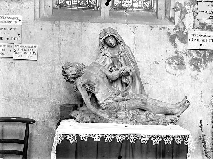 Eglise Saint-Nicolas , Queste, P. photographe),