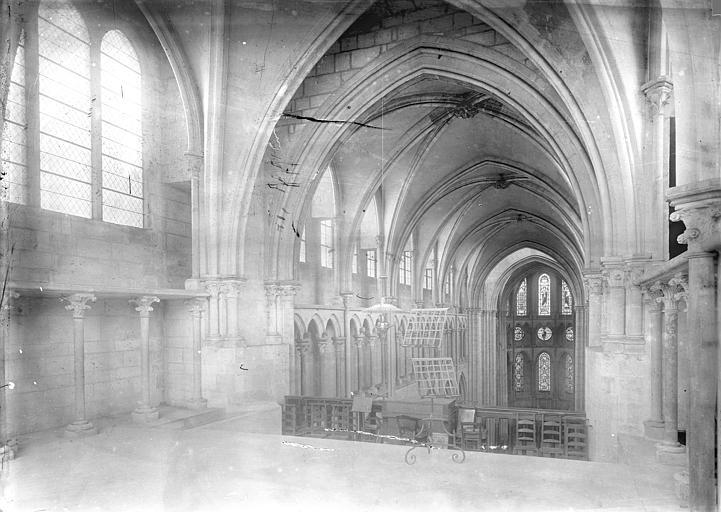 Eglise Notre-Dame Vue intérieure de la nef, vers le nord-est, prise depuis la tribune, Durand, Jean-Eugène (photographe),