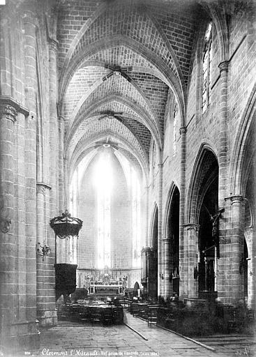 Eglise Saint-Paul Vue intérieure de la nef vers le choeur, Mieusement, Médéric (photographe),