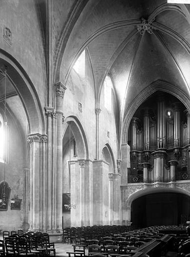 Eglise Sainte-Croix Nef et orgues, Enlart, Camille (historien),