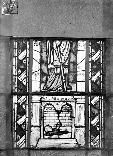 Eglise Saint-Gengoult Vitrail du transept sud, fenêtre A, 1ère lancette à gauche, panneaux inférieurs 1, 2, Romanais (photographe),