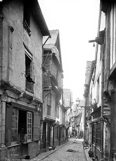 Maisons Vue d'ensemble sur la rue, Mieusement, Médéric (photographe),