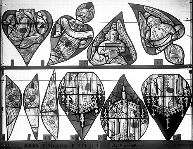 Eglise Saint-Nicaise Vitrail, fenêtre 1, bas-côté nord, la Vie du Christ, écoinçons du tympan, Heuzé, Henri (photographe),