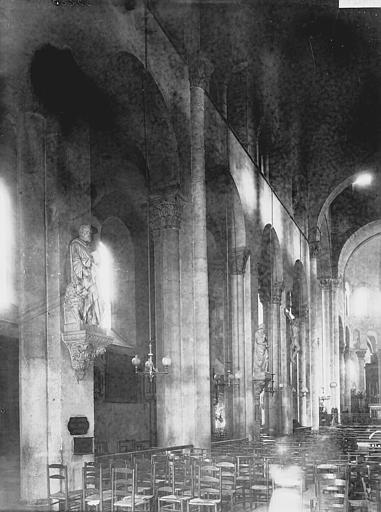 Eglise Notre-Dame-du-Port Nef vue de l'entrée, Enlart, Camille (historien),