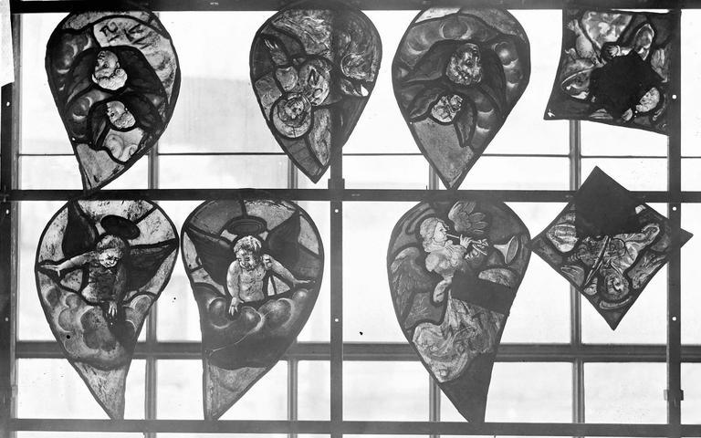 Eglise Vitraux, panneaux 15, 16, 17, 19 de la baie A, panneau 15 de la baie B et panneaux 16, 18, 19 de la baie C, Nadeau, H. (photographe),