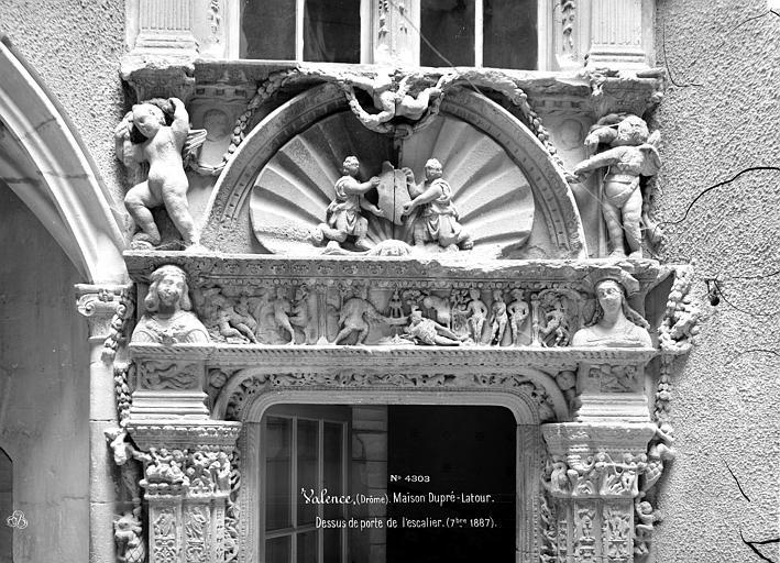 Maison Dupré-Latour Porte de l'escalier : Entablement, Mieusement, Médéric (photographe),