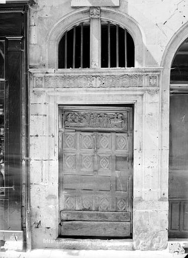 Maison d'Agnès Sorel ou Hôtel Euverte-Hatte Porte d'entrée, Mieusement, Médéric (photographe),