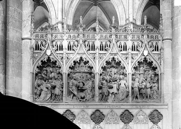Cathédrale Notre-Dame Clôture du choeur, côté nord. Haut-relief : Histoire saint Jean-Baptiste (scènes de son martyre), Durand, Jean-Eugène (photographe),