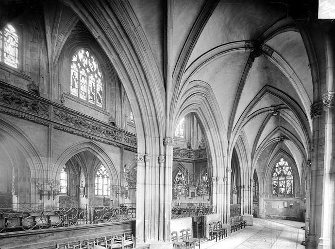 Eglise Saint-Jean Vue intérieure du déambulatoire et du chœur, vers le nord-est, Heuzé, Henri (photographe),